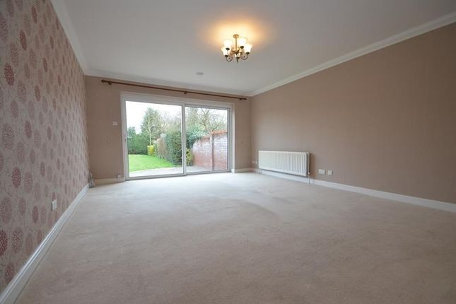 Thumbnail Detached house to rent in The Greenway, Ickenham, Middlesex