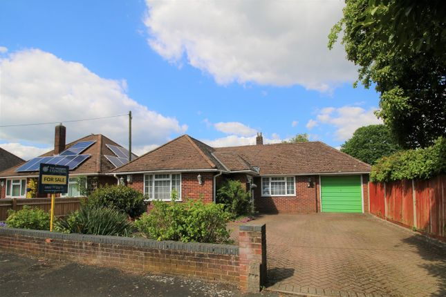 Thumbnail Detached bungalow for sale in Highlands Road, Basingstoke