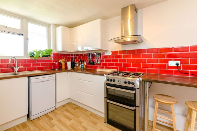 Thumbnail Maisonette for sale in Brookfield, Goldsworth Park