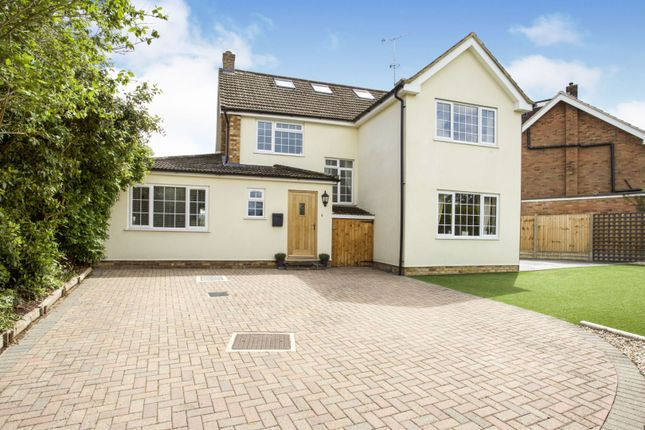 Thumbnail Detached house for sale in Larkswood Drive, Crowthorne