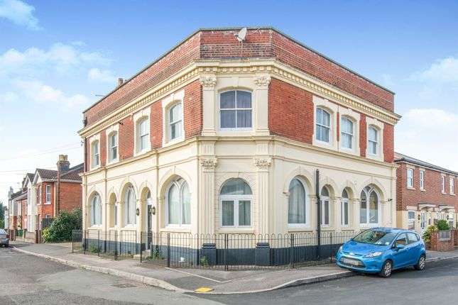 Thumbnail Flat for sale in Edward Road, Southampton