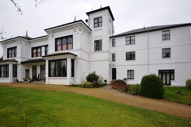 Thumbnail Flat to rent in Wokingham Road, Crowthorne