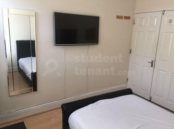 Thumbnail Shared accommodation to rent in Edward Street, Loughborough, Leicestershire