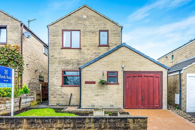 3 bed detached house for sale in Kershaw Drive, Luddendenfoot, Halifax