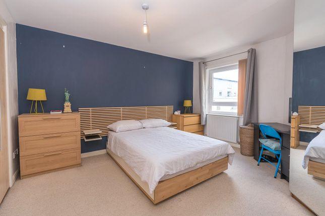 Bedroom of Hawkhill Close, Edinburgh EH7