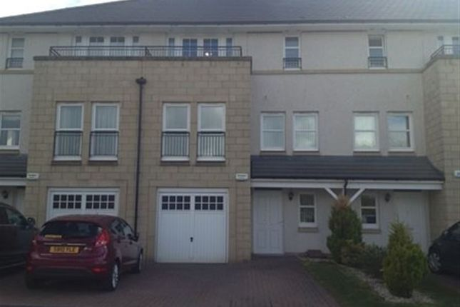 Thumbnail Town house to rent in Bluebell Drive, Newton Mearns, 6Fn.
