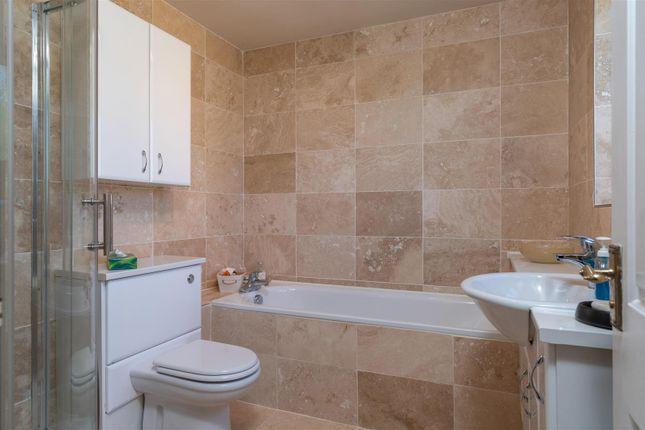 Bathroom of Orchard Rise, Longborough, Gloucestershire GL56
