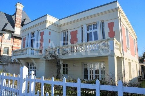 Thumbnail Villa for sale in Deauville, Deauville, France