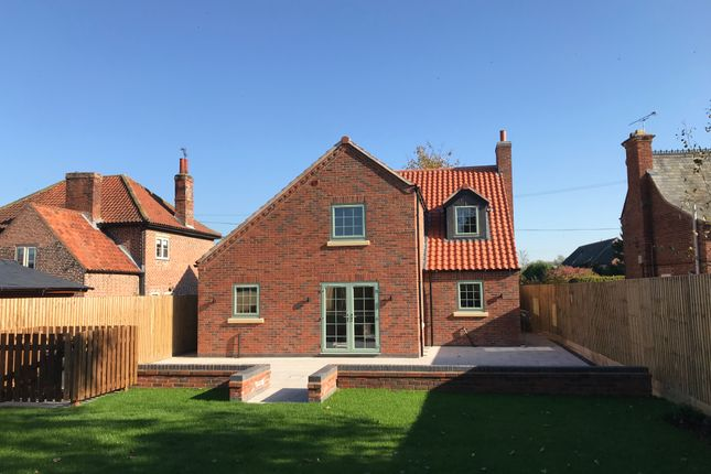 Thumbnail Detached house for sale in Great North Road, Cromwell