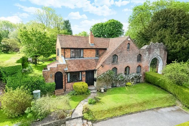 Thumbnail Detached house to rent in The Street, Old Basing, Basingstoke