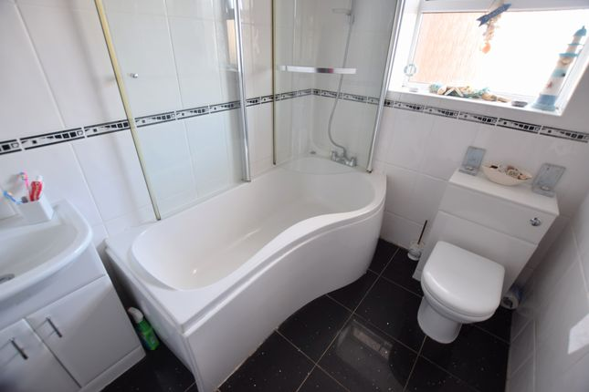 Bathroom of Camber Drive, Pevensey Bay, Pevensey BN24