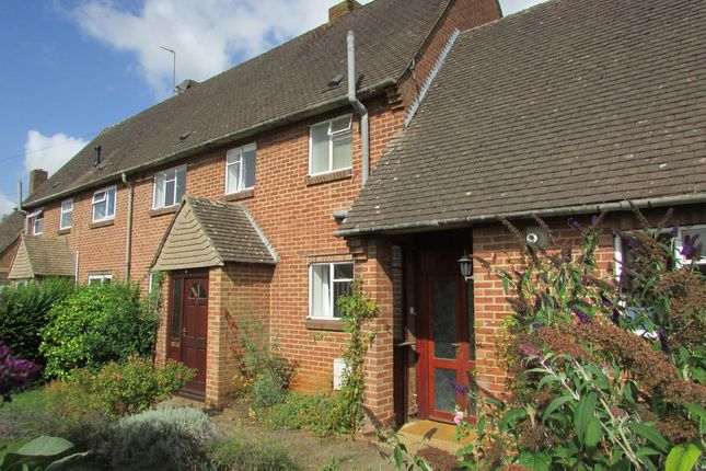 Thumbnail Semi-detached house to rent in The Rise, Twyford, Banbury