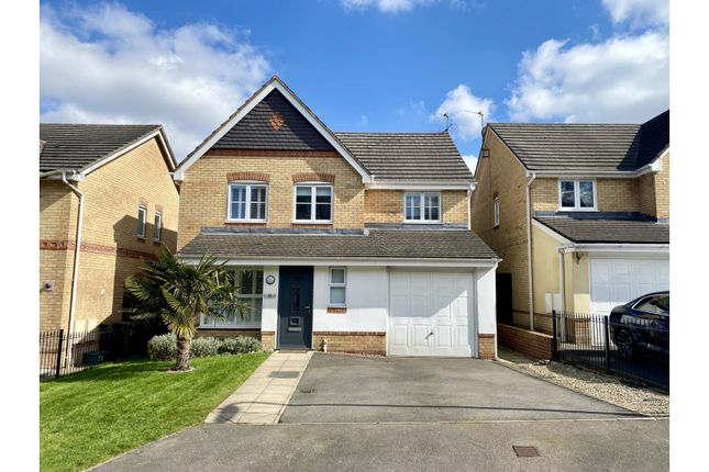 Thumbnail Detached house for sale in Oceana Crescent, Basingstoke