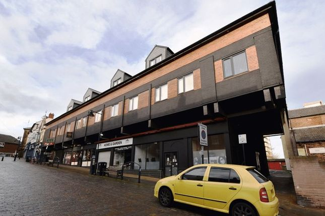 Thumbnail Commercial property for sale in Gillygate, Pontefract