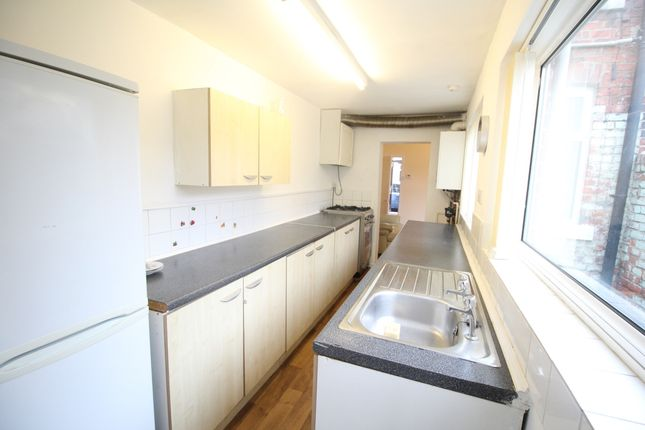 Kitchen of Essex Street, Middlesbrough, Cleveland TS1