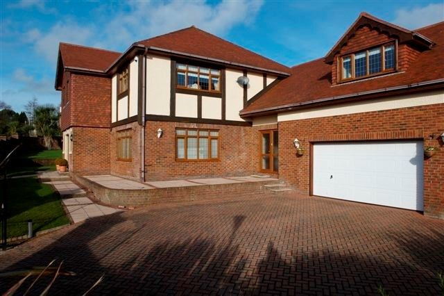 Thumbnail 5 bed detached house to rent in Lucerne Court, Douglas