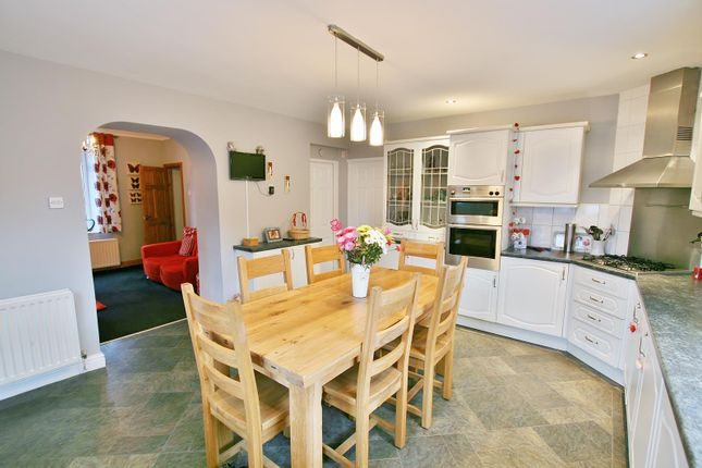 Thumbnail Detached house for sale in Snape Hill, Dronfield, Derbyshire