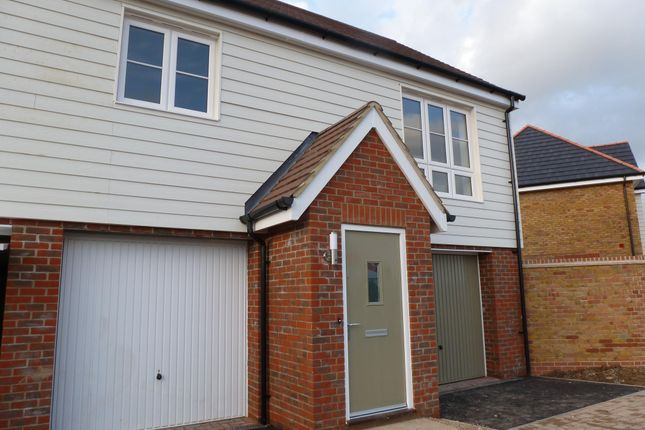 2 bed flat to rent in Avalon Street, Exemplar Park, Aylesbury