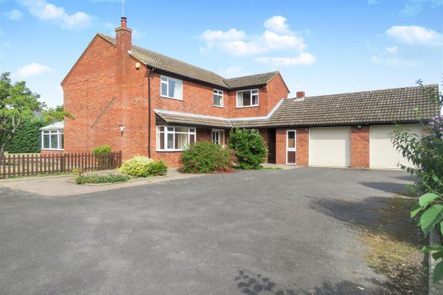 Thumbnail Property to rent in Cavendish Close, Sawtry, Huntingdon