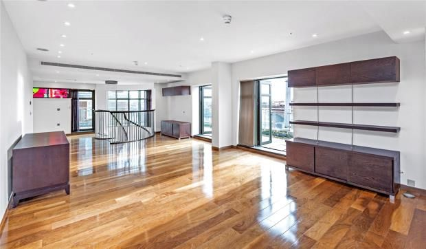 Thumbnail Flat to rent in Park Lane Place, 68 North Row, Mayfair, London