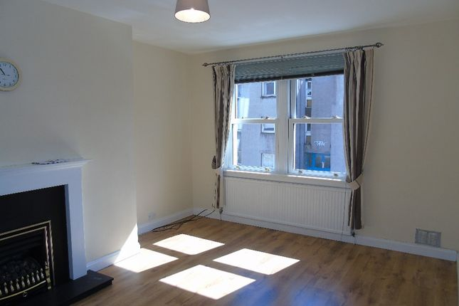 Thumbnail Flat to rent in St Andrews Street, Dalkeith, Midlothian