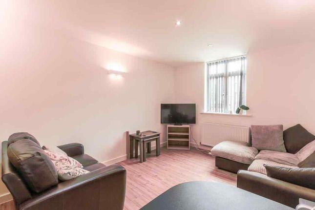 Thumbnail Flat to rent in Preston Road, Yeovil