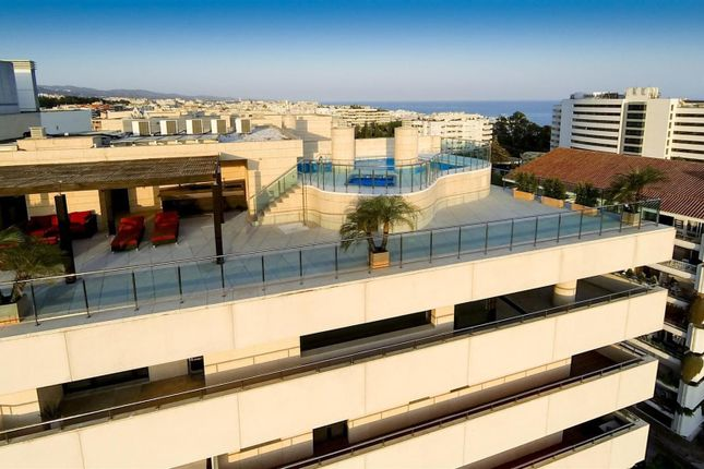 Thumbnail Apartment for sale in The Golden Mile, Costa Del Sol, Spain