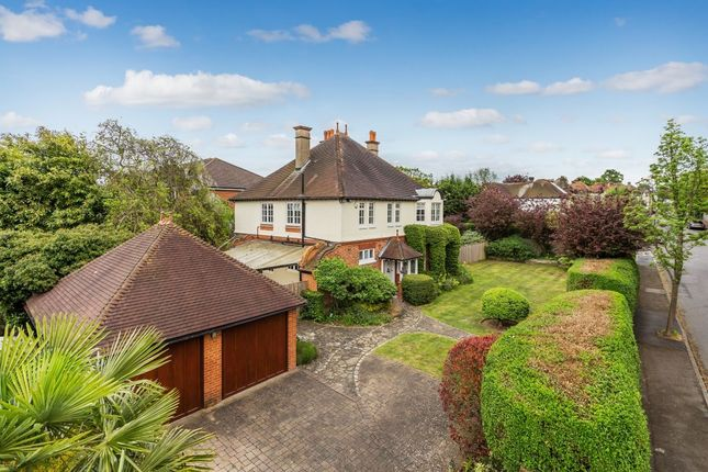 4 bedroom detached house for sale in Holland Avenue, Cheam, Sutton