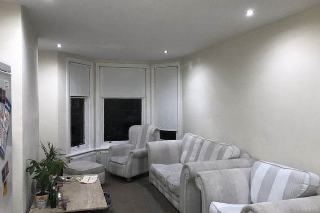 Thumbnail Flat to rent in Ditchling Road, Brighton, East Sussex