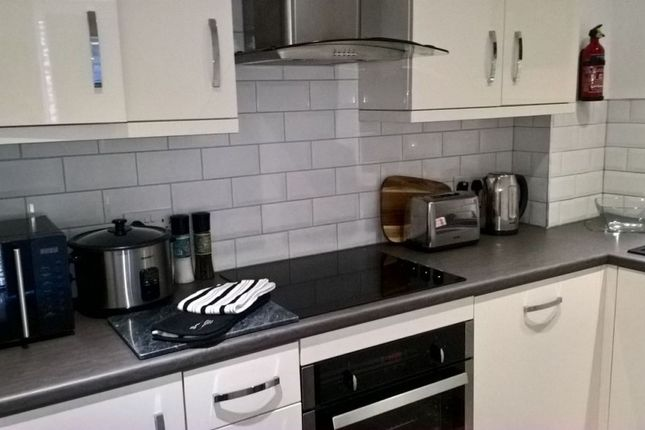 Thumbnail Town house to rent in Fossgate, York