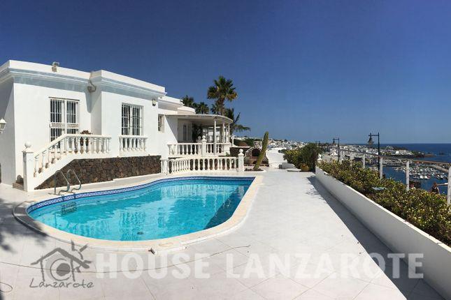 4 bed villa for sale in Puerto Del Carmen, Puerto Del Carmen, Lanzarote, Canary Islands, Spain