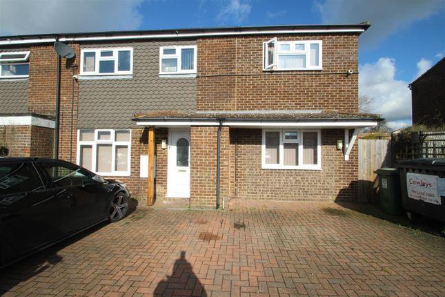 Property to rent in Lomond Road, Piccotts End, Hemel Hempstead HP2