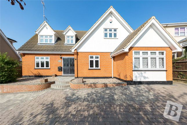Thumbnail Detached house for sale in New Avenue, Langdon Hills, Essex