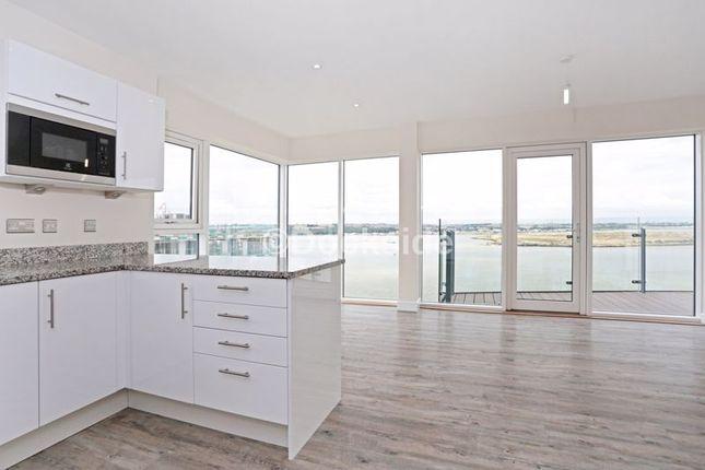 Thumbnail Flat to rent in Pearl Lane, Gillingham