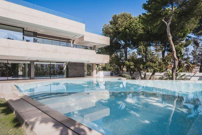 Thumbnail Villa for sale in Calle Dunas De Casasola, 29688 Estepona, Málaga, Spain