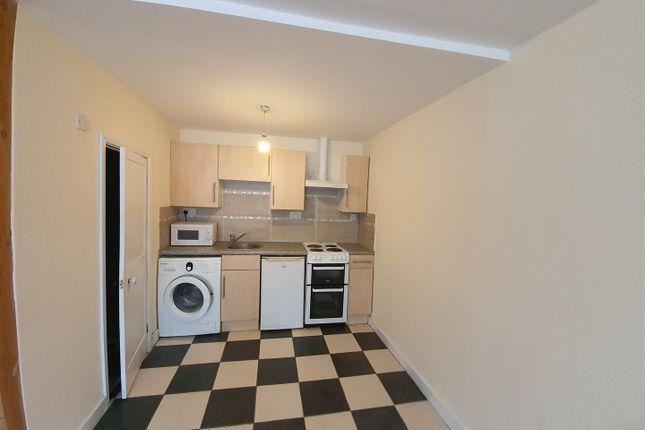 Studio to rent in Shenley Lane, London Colney, St.Albans AL2