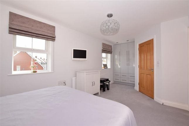 Bedroom 1 of Seymour Chase, Kings Wood Park, Epping, Essex CM16