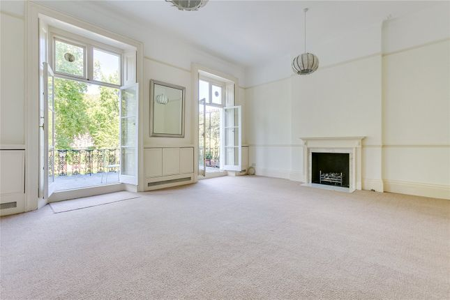 Thumbnail Property to rent in Onslow Square, London