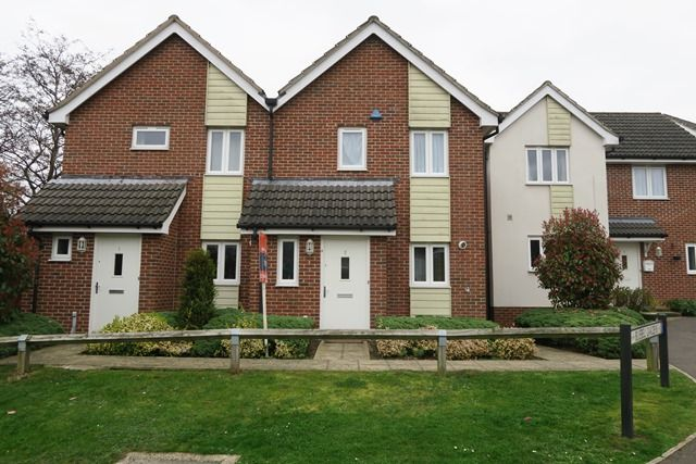 Thumbnail Semi-detached house to rent in Bluebell Gardens, Hythe, Southampton