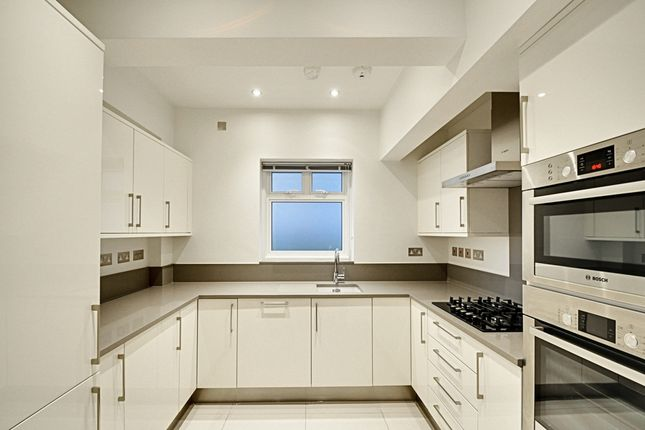 Thumbnail Flat to rent in St Albans Avenue, Chiswick
