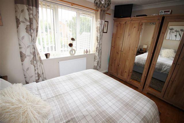 Bedroom of Brockwood Close, Sheffield S13
