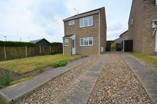 Thumbnail Detached house to rent in Groomes Close, Hopton, Great Yarmouth