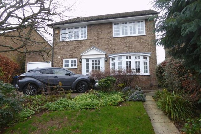 Thumbnail Detached house to rent in Woodplace Lane, Coulsdon