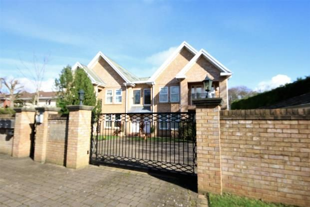 Flat for sale in College Path, Freshfield, Liverpool