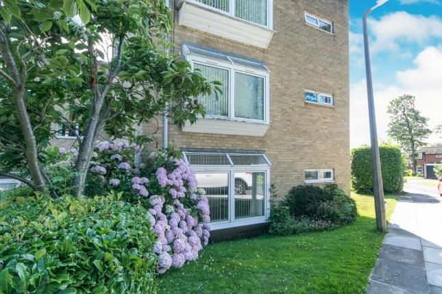 Thumbnail Flat for sale in Mount Way, Wirral, Merseyside