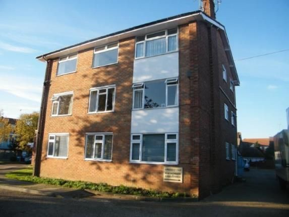 Thumbnail Flat for sale in Connaught Avenue, Frinton On Sea, Essex