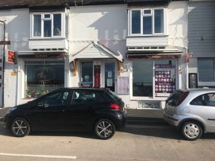 Thumbnail Restaurant/cafe for sale in Pier Road, Littlehampton