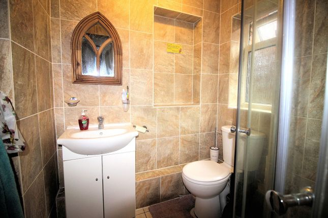 Shower Room of Charles Close, Acle NR13