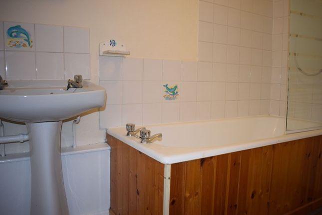 Bathroom of St. Cecilia Close, Kidderminster DY10