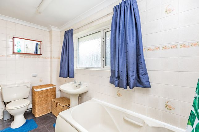 Bathroom of Strand Close, Meopham, Gravesend DA13